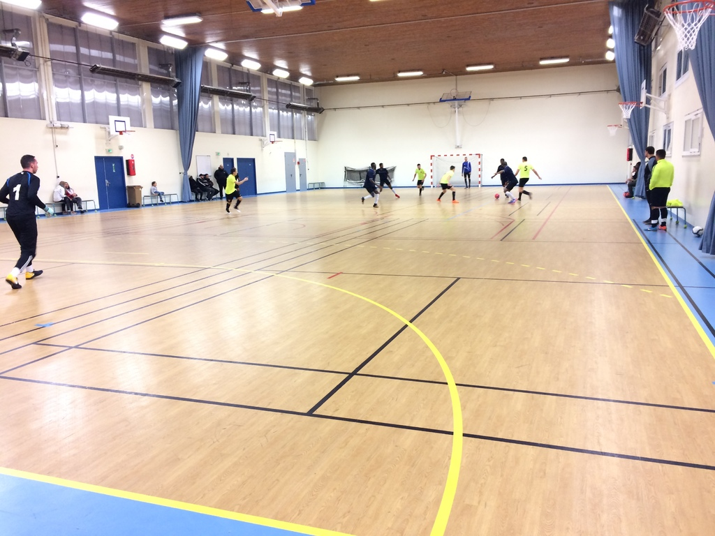 Match officiel neuilly sur marne contre neuilly futsal for Garage ad neuilly sur marne